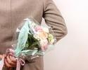 ④お祝いの花束 : 3,500円~ ご希望でサイズアップ可能です