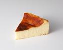 バスクチーズケーキ1ピース ¥850(税抜)