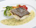 【web予約特別メニュー】ワインと共に瀬戸内産鮮魚のポワレなど全3品を愉しむ グラン・ブルー スタイリッシュディナー