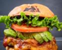【TAKEOUT】ポークアボカドチーズバーガー Pork Avocado Cheeseburger
