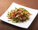 Stir-fried shredded beef and peppers