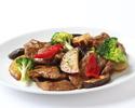 【お勧め休日ランチ】牛肉と旬菜のオイスターソース炒め