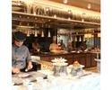 【平日】飲み放題付きディナー!夜には国産牛ローストビーフ、握りたてお寿司、揚げたての天麩羅が登場!