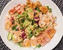 【SALAD COMBO】大人気のコブサラダが楽しめるランチ