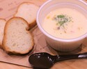 Boston clam chowder (with bucket)