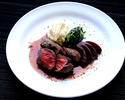 【テイクアウト】 蝦夷鹿モモ肉のロティー ソースグラングヌール