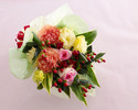 [Option] Seasonal bouquet ¥ 5,000 (tax included)