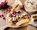 4/1~事前予約限定(飲み放題付き)ワインと楽しむ「チーズボード」 シェフおすすめのチーズと季節のフルーツ