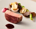ヴィアンド変更:黒毛和牛フィレ肉のポワレ 季節の野菜とトリュフソース