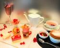 【薔薇の季節に合わせたアフタヌーンティー】4,500円 焼きたてスフレとプティガトー6種×10種のカフェフリーとバラのウェルカムドリンク付き