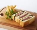 【テイクアウト】シズリング ステーキサンドイッチ