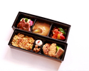 【TAKEOUT】琥珀・¥11,000コース(※1名様用お重詰合せ)