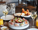 【8/13.8/16Brunch】Weekend Brunch + Welcome Cocktail & 1 Non-alcohol Drink