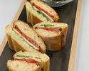 【平日・オンライン限定】ハーブチキンとベーコン フレッシュトマトのチャバタサンドウィッチ+お飲み物