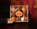 < To Go > Halloween Muffin Box